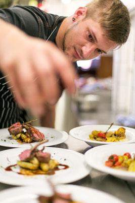 Koch im Restaurant Schlüssel Luzern