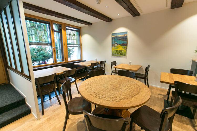 Café, Weinbar und Restaurant Vrenelis Gärtli im Schlüssel Luzern